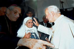 Ida Palomba con Papa Giovanni Paolo II